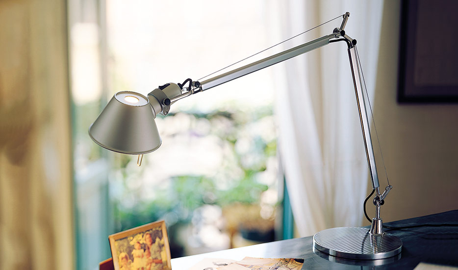 Klassisk LED-bordslampa Tolomeo Table