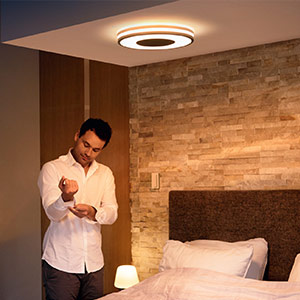 Philips Hue Being taklampa dimmer svart